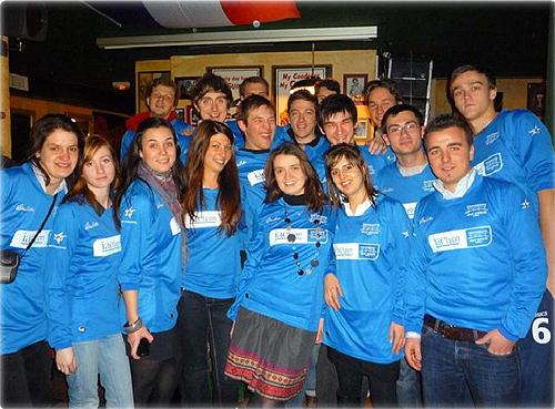 Des maillot aux couleurs de l'IAE Lyon